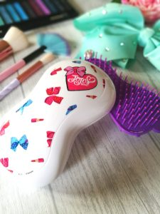 The JoJo Hairbrush - White