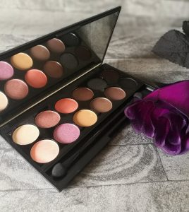 October 18 Glossybox - Sleek Pallette
